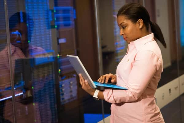 4 Essential Benefits of IIoT: Industrial IoT
