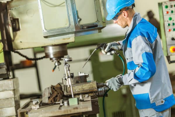 Incredible Advantages of Industrial IoT in Modern Manufacturing