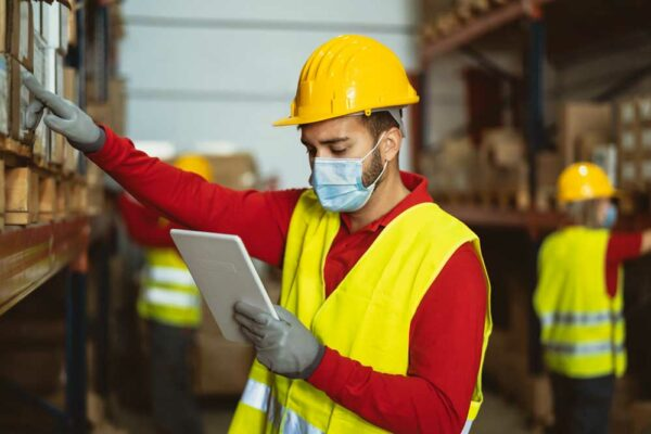 Industrial manufacturing companies do it better with IoT